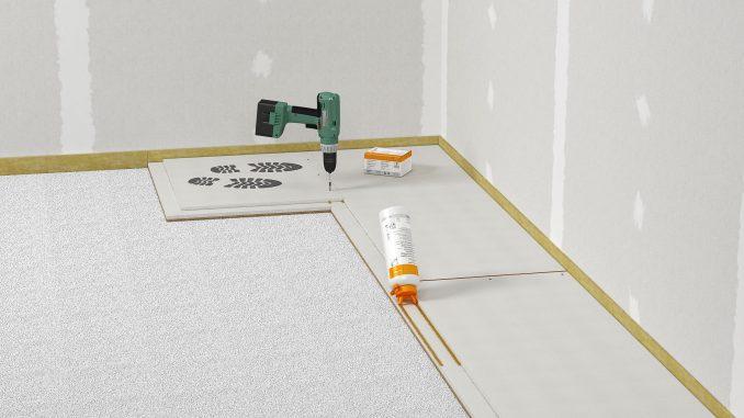 Die Trockenestrichplatten werden an der Stufenfalz verklebt und können zusätzlich verschraubt werden. Foto: fermacell