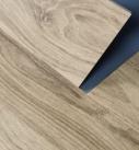 Linoleum einfach per Klicksystem verlegen. Foto: Forbo Flooring
