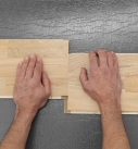 Durch paralleles Auseinanderschieben kann das System wieder entriegelt werden. Foto: Hamberger Flooring GmbH&Co.KG/HARO