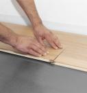 In den folgenden Reihen müssen Quer- und Längsverbindungen hergestellt werden. Foto: Hamberger Flooring GmbH&Co.KG/HARO